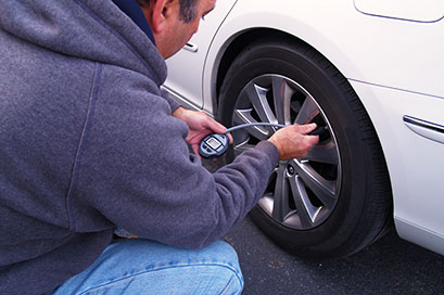 adjust your tire pressure during the holidays